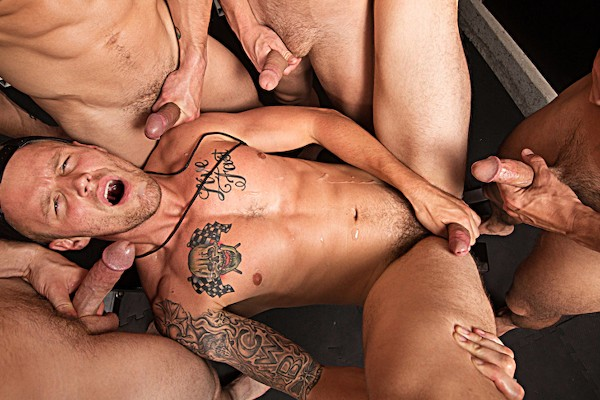 Watch Jeremy Spreadums, Evan Marco, Griffin Barrows, Shawn Reeve in Train Me Part #4, Scene 1