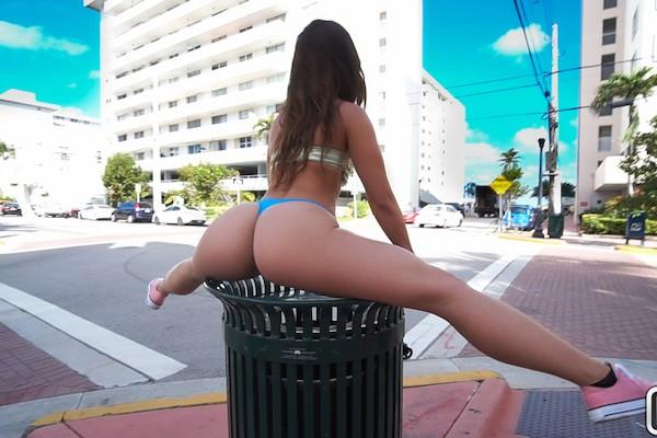 Public Fun In The Sun Kelsi Monroe Porn Video - Reality Kings