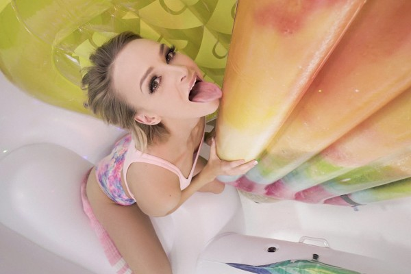 Watch Emma Hix, Brad Newman in Inflatable Room