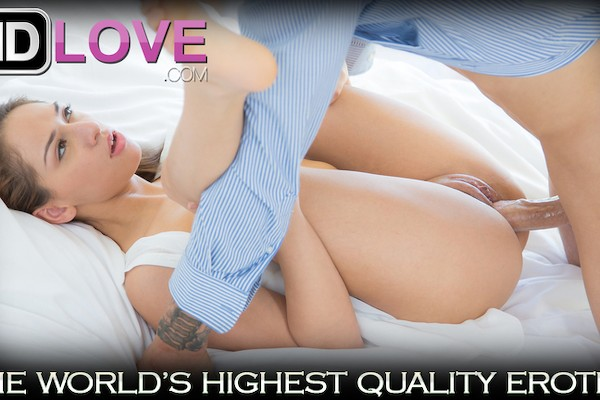 Luvv In The Nude Chris Strokes Porn Video - Reality Kings