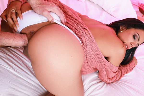 Sweater Seduction Katrina Moreno Porn Video - Reality Kings