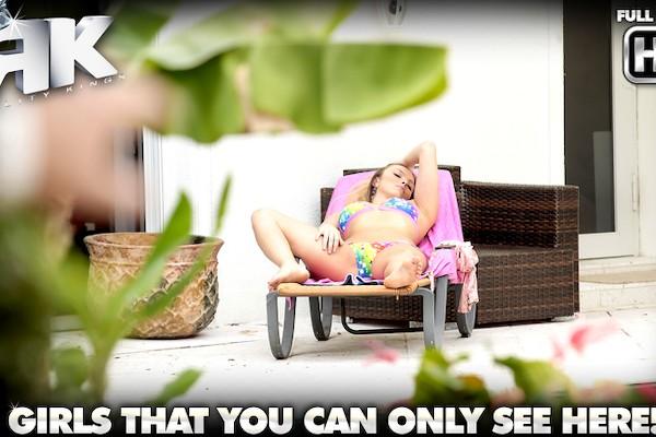Luscious Layna Levi Cash Porn Video - Reality Kings