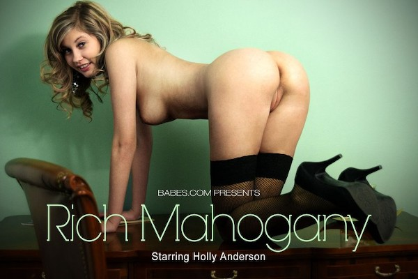Rich Mahogany - Holly Anderson - Babes