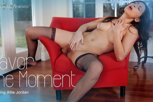Savor the Moment - Allie Jordan - Babes