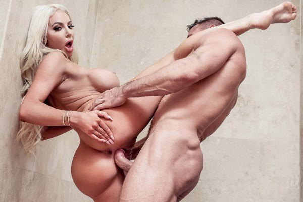 Fuck Like It's The End Of The World - Johnny Castle, Nicolette Shea