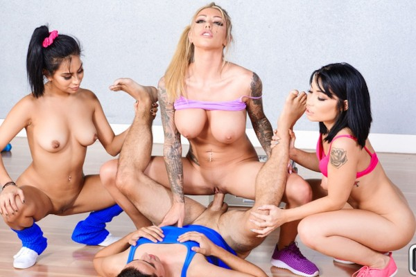 Three Groupists Karma Rx Porn Video - Reality Kings