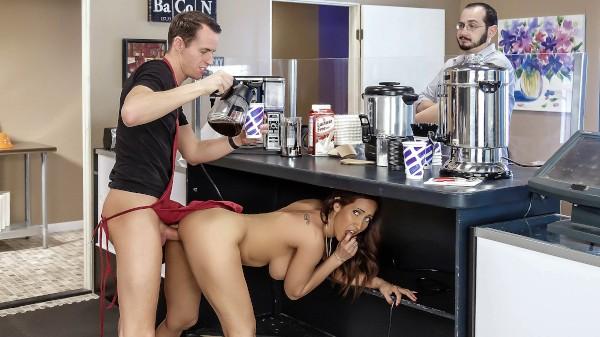 Cafe Au Milf - Brazzers Porn Scene