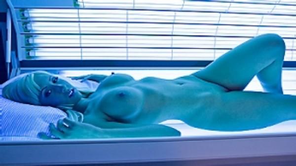 Lingering with Lynn in Lingerie - Brazzers Porn Scene