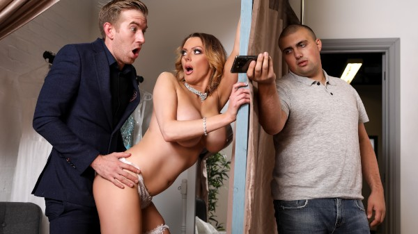 Jess Screams Yes For The Dress - Brazzers Porn Scene