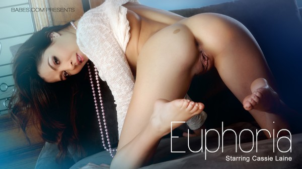 Euphoria - Cassie Laine - Babes
