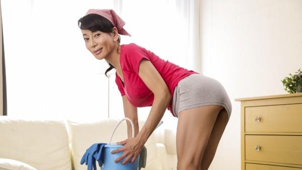 Erito porn - Hot Maid's Big Cleanup