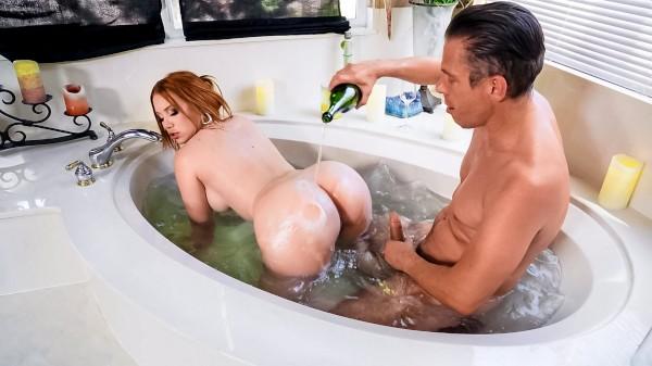 What Romantic Evening? - Brazzers Porn Scene