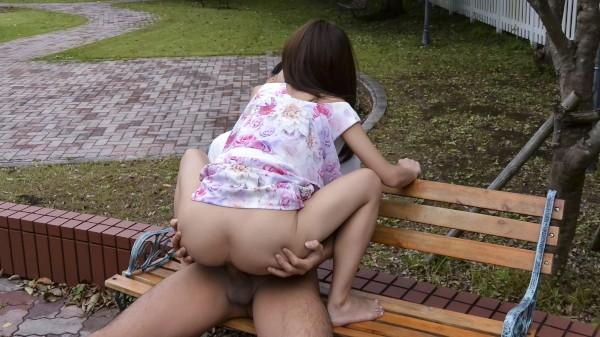 Erito porn - Miu's Public Squirt-a-thon