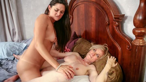 Enjoy Nina Loves Girls Scene 3 on Milfed.com Featuring Nina Hartley, Stephanie Swift