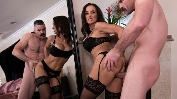 Please Take Me Back - Brazzers Porn Scene