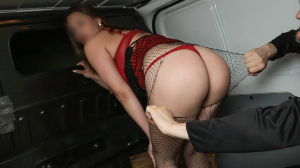 Enjoy Prostitute with Big Tits fucked raw in van on Deviant.com Featuring