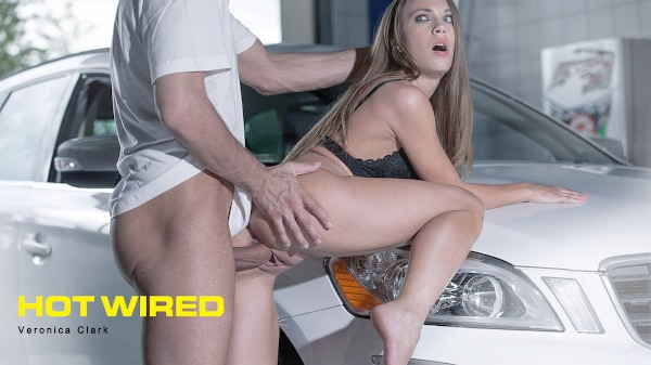 Hot Wired - Kai Taylor, Veronica Clark - Babes