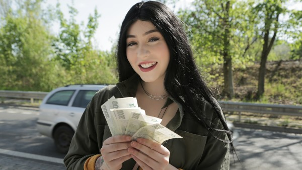 Watch Amilia Onyx in Cash tempts busty American to fuck