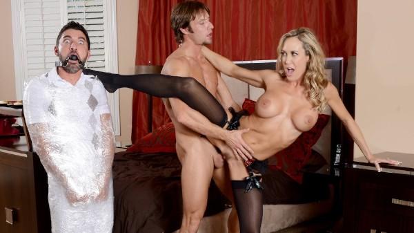 Cuckolding the Neglectful Husband - Brazzers Porn Scene