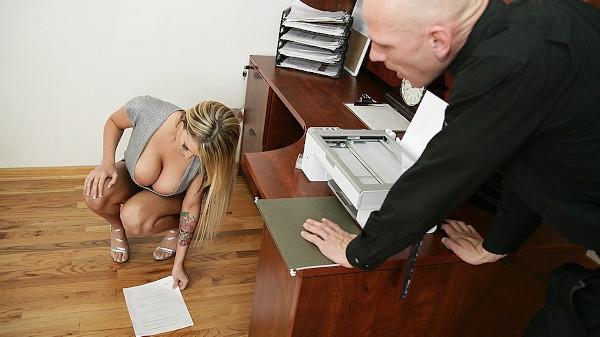 Big Boobs make the world go around - Brazzers Porn Scene