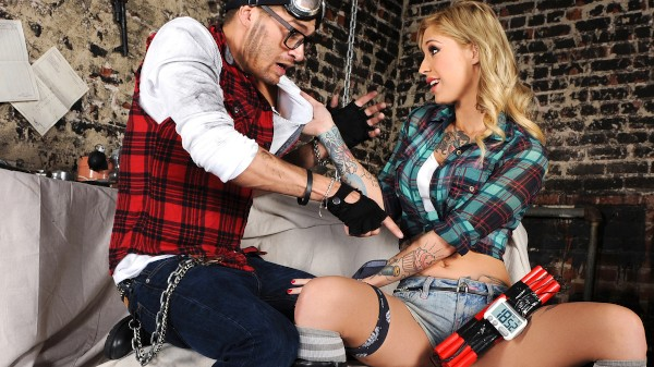 Lock And Load - Episode 4 - Burn the Witches - Xander Corvus, Kleio Valentien