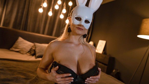 Blonde bunny shares Easter treat at SexyHub.com