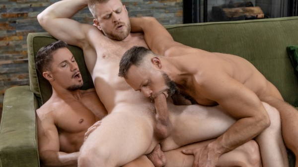 Uncles 3 way - Skyy Knox, Zayne Roman, Logan Stevens