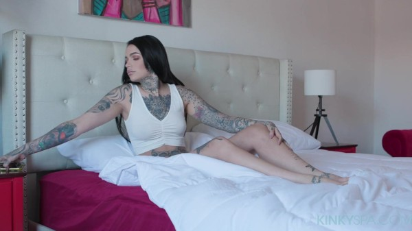 Tattooed babe Leigh Raven gets fucked by her hung black masseur