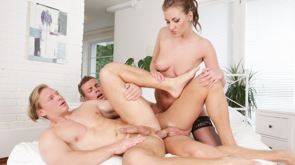 Bi Sexual Cuckold #09 Scene 2 Bisexual Orgy on Bi Empire with Aslan Brutti