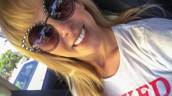 Passenger Seat Rubdown featuring Cherie Deville – Extremetube Premium
