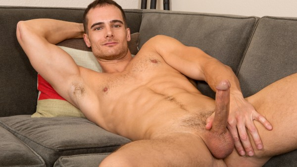 Watch Evan on Male Access - All the Best Gay Porn in One place