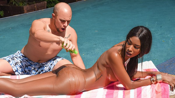 Watch Penetrating the Poolboy featuring Natassia Dreams, Eli Hunter Transgender Porn