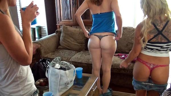 Watch Casey Cumz, Vicki Chase, Domino Aries, Charlie Theron in Bikinis Sluts