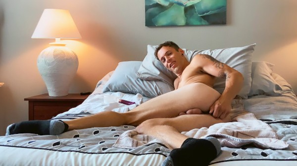 Watch Bentley Solo on Male Access - All the Best Gay Porn in One place