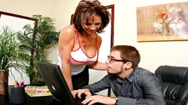 The computer repair guy - Brazzers Porn Scene