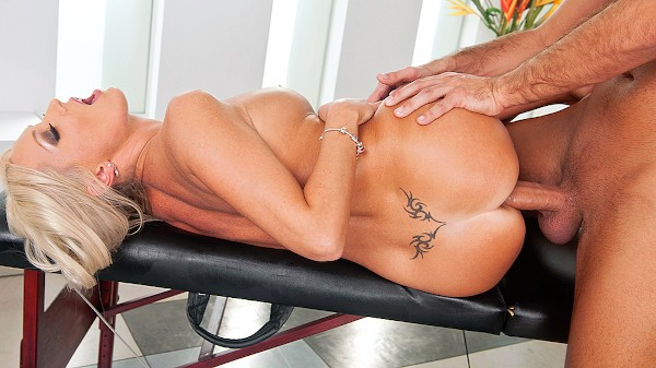 High End Massaging - Brazzers Porn Scene