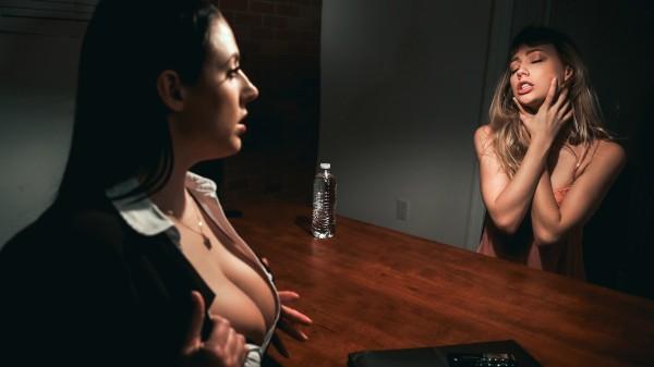 Angela White pic