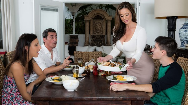 Kendra's Thanksgiving Stuffing - Brazzers Porn Scene