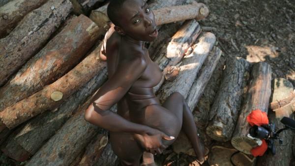 African Ebony Loves Big Cock ft Erik Everhard - FakeHub.com