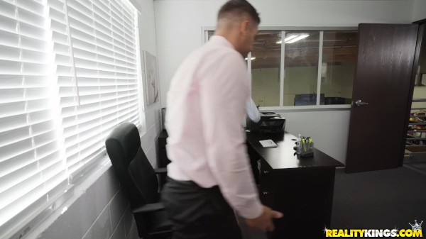 Pc Problems with Ramon Nomar, Mackenzie Moss at sneakysex.com
