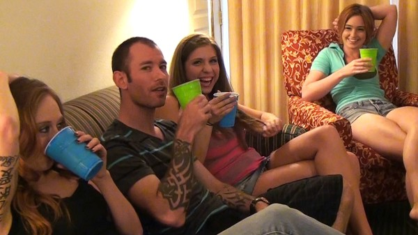 Watch Alex Chance, Kassius Kay, Jodi Taylor in Dirty Kinnky Party !