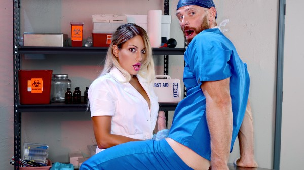One For The Doctor - Johnny Sins, Kissa Sins