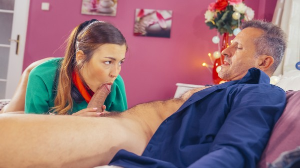 Enjoy College Creampie by Teacher in private lesson on Deviant.com Featuring George Uhl, Cindy Shine