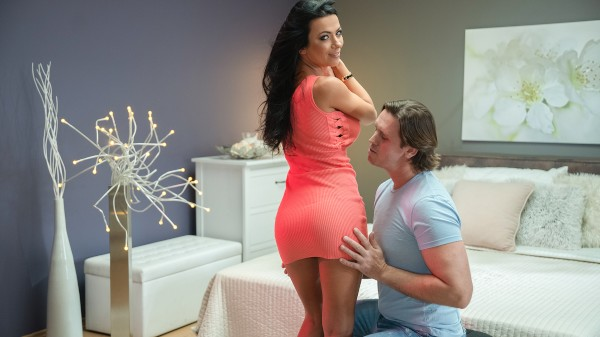 Watch Shalina Devine, Thomas Hyka in Raven haired high heeled sex addict