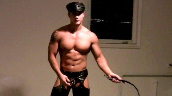 Enjoy The Leather Master on Cumfu.com Featuring Peter Le