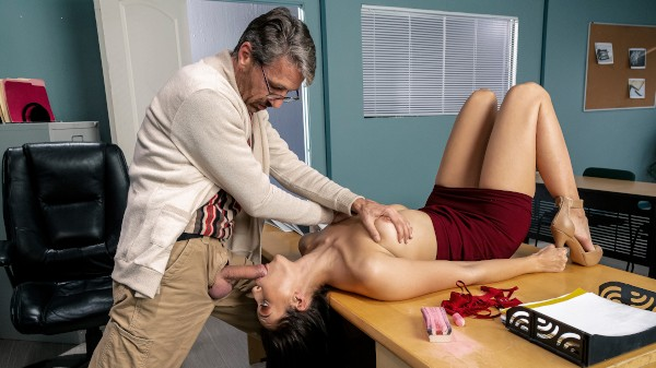 Old Man On Campus - Brazzers Porn Scene