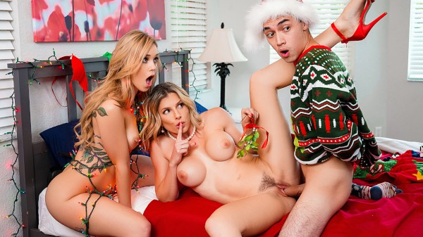 Keep The Xmas Lights Tied On Cory Chase Porn Video - Reality Kings