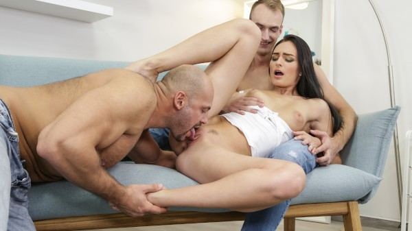Bi Curious 7 Scene 3 Bisexual Orgy on Bi Empire with Leanne Lace