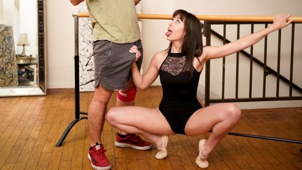 Enjoy Milf Trainer 2 Scene 1 on Milfed.com Featuring Robby Echo, Jenna Noelle