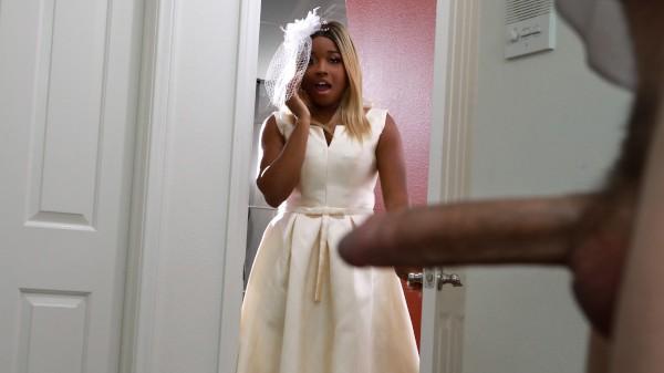 Bubble Butt Bride - Brazzers Porn Scene